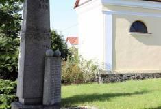 pomnik_v_parciku